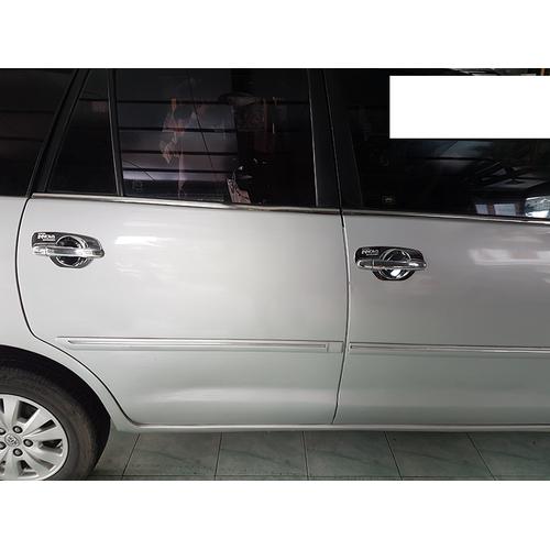 Ốp tay nắm và hõm cửa xe Toyota Innova 2010