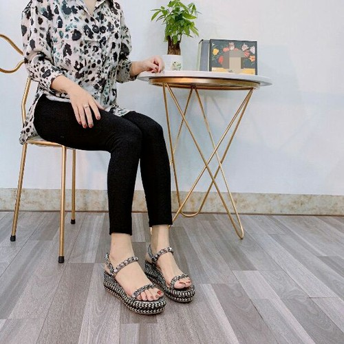 Giày sandal nữ đế xuồng tán đinh - 11143386 , 17425172 , 15_17425172 , 490000 , Giay-sandal-nu-de-xuong-tan-dinh-15_17425172 , sendo.vn , Giày sandal nữ đế xuồng tán đinh