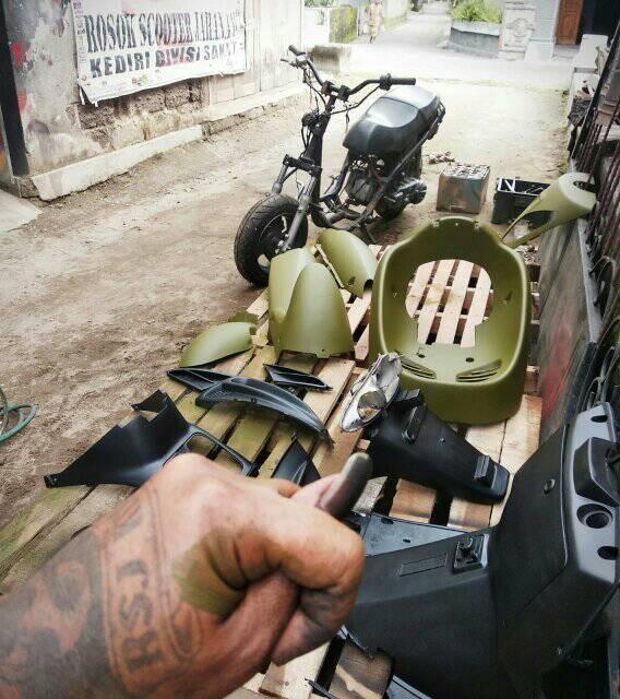 142 _ Chai sơn xịt sơn xe máy Samurai 142 màu xanh quân đội _ Army Green shop uy tín, giao nhanh, giá rẻ 7