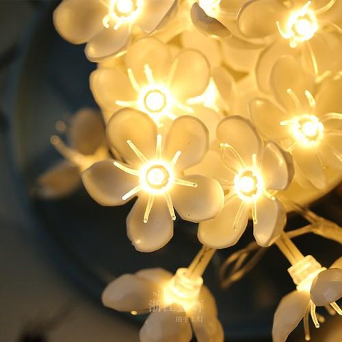 Dây đèn Hoa mini vàng xinh xắn - 10m