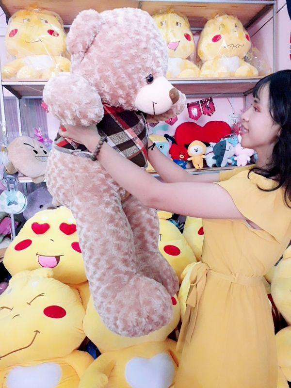 Gấu Teddy 1m1 Lông Xoắn Đáng Yêu 2