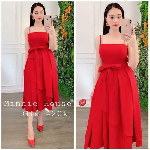 Đầm nữ màu đỏ