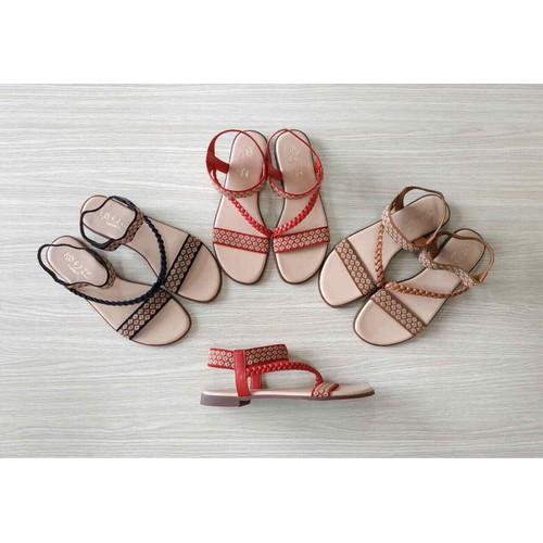 Sandal chun Nhật