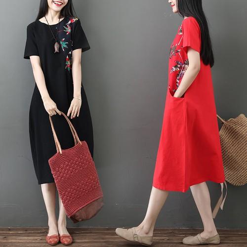 Đầm suông nữ có túi họa tiết lá phong 2D3275