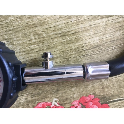 Thiết bị đo áp suất lốp cần có cho xe hơi, ô tô - 4887922 , 17526166 , 15_17526166 , 139000 , Thiet-bi-do-ap-suat-lop-can-co-cho-xe-hoi-o-to-15_17526166 , sendo.vn , Thiết bị đo áp suất lốp cần có cho xe hơi, ô tô