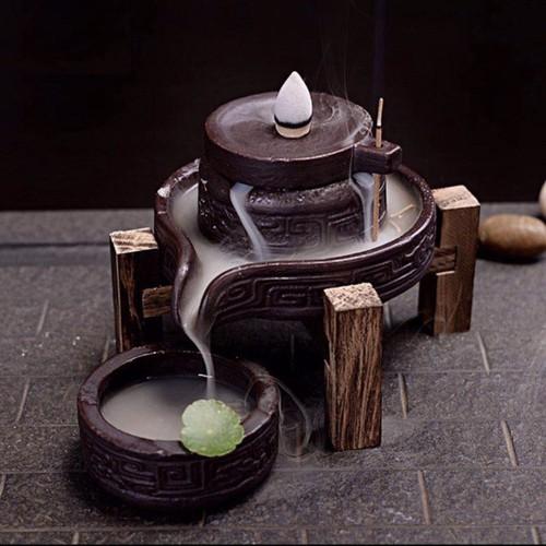Thác khói trầm hương Tặng 20 viên Nhang nụ tháp