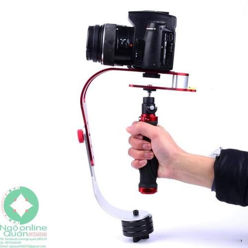 Tay quay phim chống rung