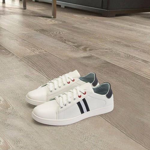 Giày Da Thể Thao Nam Giá Rẻ- Giày Sọc Đen Trắng Da Cao Cấp