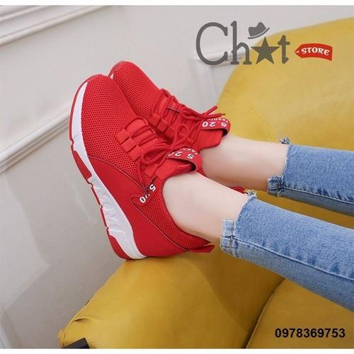 Giày Sneaker Nữ Độn Dây Buộc Mảnh Dẻ
