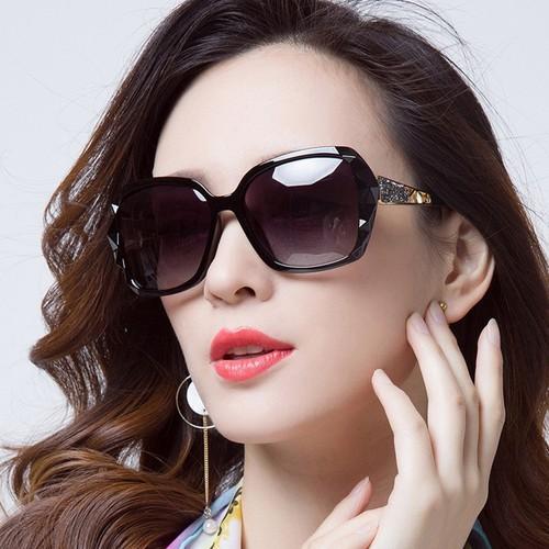 Kính râm, kính mát nữ phân cực chống UV Hàn Quốc 2019 Fullbox - 7924477 , 17556047 , 15_17556047 , 350000 , Kinh-ram-kinh-mat-nu-phan-cuc-chong-UV-Han-Quoc-2019-Fullbox-15_17556047 , sendo.vn , Kính râm, kính mát nữ phân cực chống UV Hàn Quốc 2019 Fullbox
