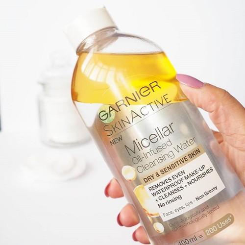 Tẩy Trang Garnier Vàng dạng dầu
