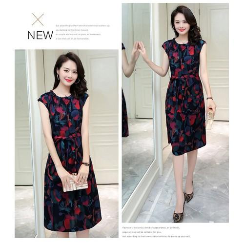 Đầm suông nữ thắt eo họa tiết lạ 2D3302