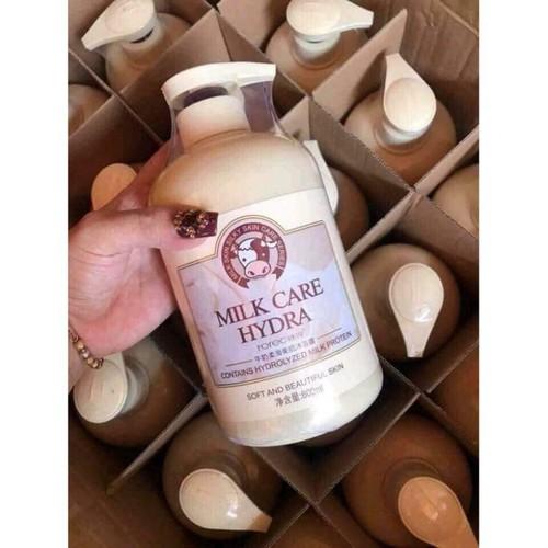 Sữa tắm trắng và mịn da con bò Bioaqua