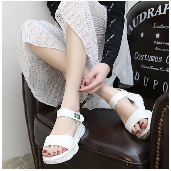 Giày sandal bánh mì sneaker đế gấu Mos.chi.no |Giày sandal bánh mì nữ 6