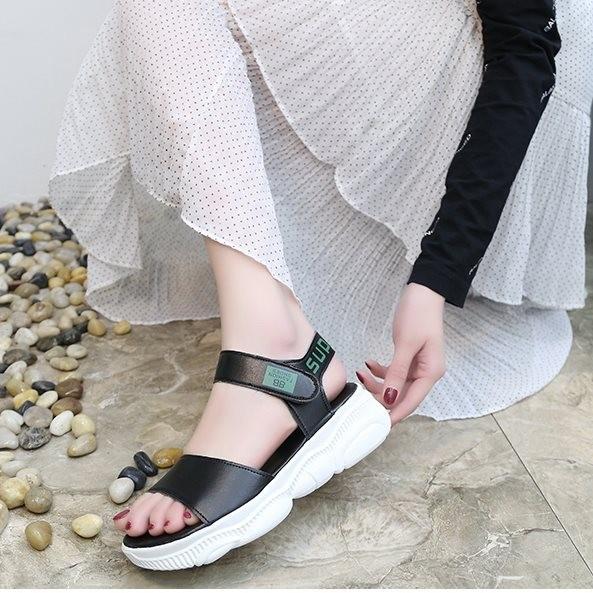Giày sandal bánh mì sneaker đế gấu Mos.chi.no |Giày sandal bánh mì nữ 7