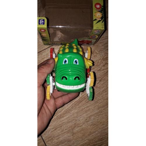 Xe mô hình cá sấu bằng nhựa tặng kèm PIN được chọn màu