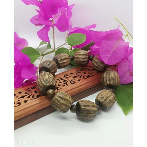 vòng tay trầm hương thiên nhiên, hương thơm vĩnh viễn, hút tài lộc, tốt cho sức khỏe