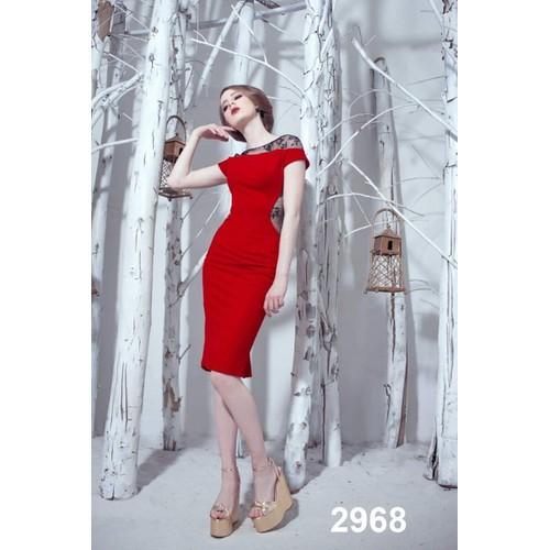 Đầm body đỏ phối tay ren