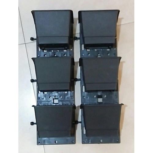 Hai bộ module chậu đơn trồng cây màu đen gồm 2 khung treo và 6 chậu trồng cây