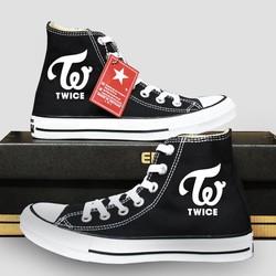 Giày sneaker unisex Twice