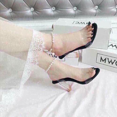 giày sandal gót trong