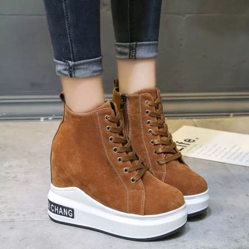 Giày sneaker giày bánh mì độn đế hàng order