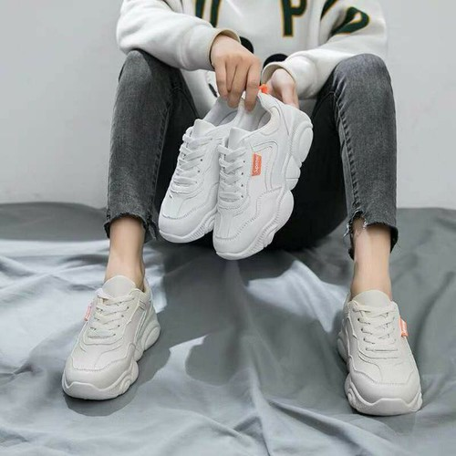 Giày mặt gấu siêu dễ thương -  trend nhẹ nhàng