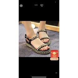Giày sandal đế xuồng đinh vàng 7cm
