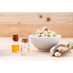 Tinh dầu xả nguyên chất LIFE GREEN  10ml có tác dụng đuổi con trùng,chăm sóc sức khoẻ.làm đẹp và đặc biệt tốt cho trẻ em