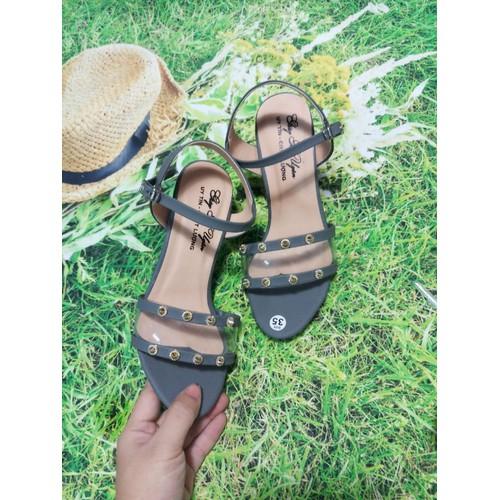 Sandal gót 7 phân màu ghi xinh xắn 01