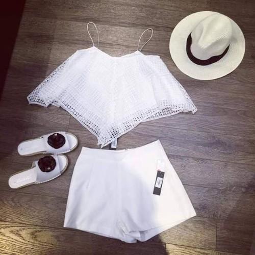 Áo ren trắng