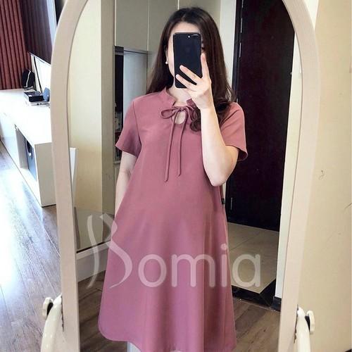 Váy bầu hồng đất cổ tàu nơ điệu