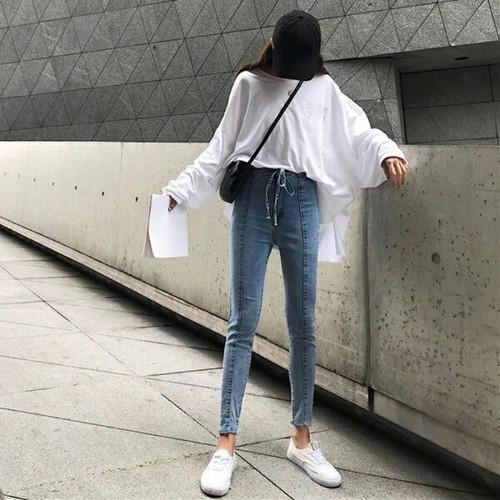 Quần jean nữ dạo phố cute