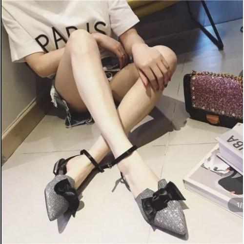 giày nhũ kiểu