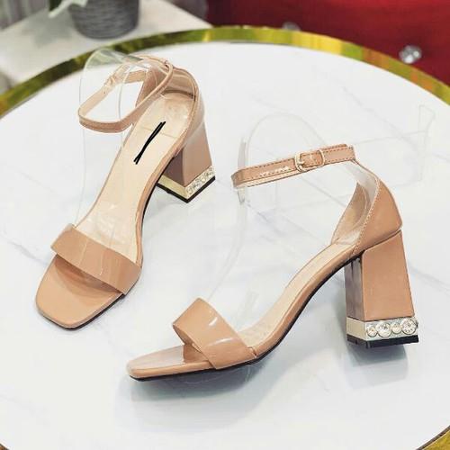 giày sandal bảng bít hậu