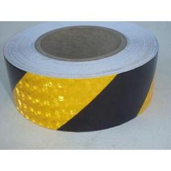 Giảm giá đặc biệt băng keo phản quang hình chéo- Màu Vàng Đen -Dài 50M- hàng sẵn- Hình thật