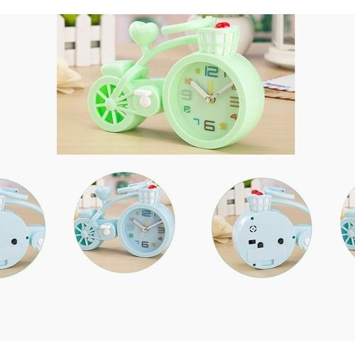 Đồng hồ xe đạp kiểu dáng thể thao tặng kèm pin