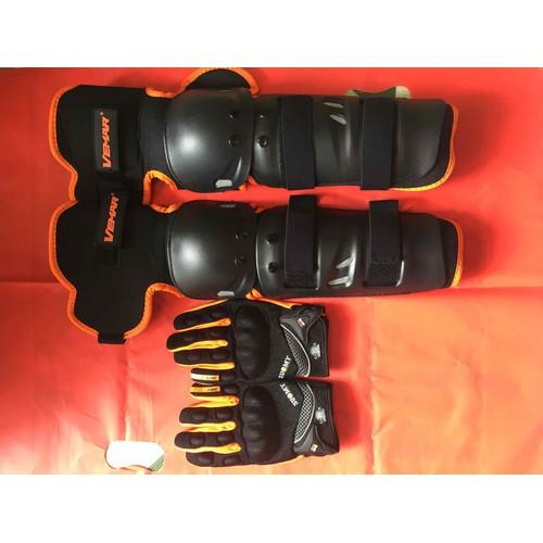 Combo giáp chân và găng tay