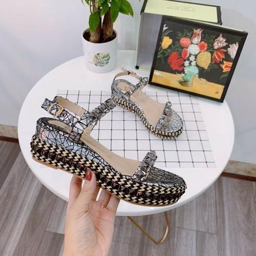 Giày sandal nữ đinh