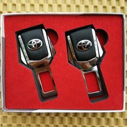 Bộ 2 cài chốt dây an toàn trên xe ô tô, có logo hãng xe