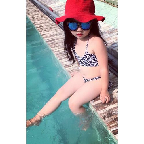 Đồ bơi 2 mảnh cho bé gái - 8898213 , 18070550 , 15_18070550 , 50000 , Do-boi-2-manh-cho-be-gai-15_18070550 , sendo.vn , Đồ bơi 2 mảnh cho bé gái