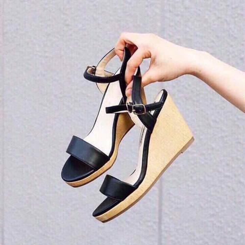 Giày Sandal Nữ Đế Xuồng Xuất Xịn - 4983554 , 18516324 , 15_18516324 , 390000 , Giay-Sandal-Nu-De-Xuong-Xuat-Xin-15_18516324 , sendo.vn , Giày Sandal Nữ Đế Xuồng Xuất Xịn