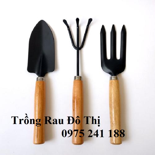 Bộ dụng cụ làm vườn 3 món cán gỗ cầm tay - 8906858 , 18512562 , 15_18512562 , 35000 , Bo-dung-cu-lam-vuon-3-mon-can-go-cam-tay-15_18512562 , sendo.vn , Bộ dụng cụ làm vườn 3 món cán gỗ cầm tay