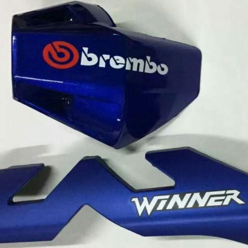 ốp pô chữ M cho Winner