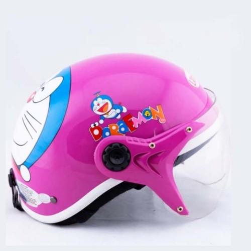 Mũ bảo hiểm trẻ em có kính của Đức Huy