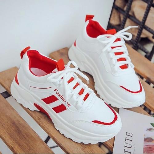 Giày Thể Thao Nữ Trắng Viền Đỏ - Tăng Chiều Cao VG28