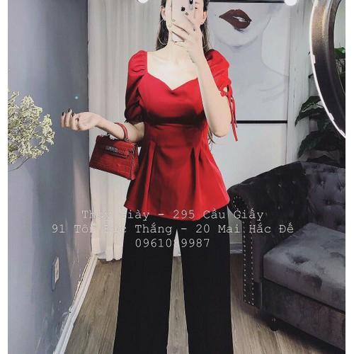 Set áo đỏ quần tay đen