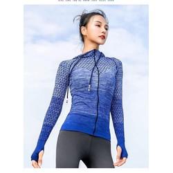 áo khoác thể thao nữ