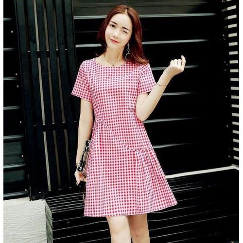 Đầm kate nữ caro hồng