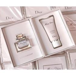 Giftset nước hoa mini Miss Dior 5ml EDT và sữa dưỡng ẩm Body Milk 20ml Pháp